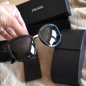 Prada sunglasses black in box